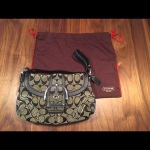 Coach handbag purse with dust cover